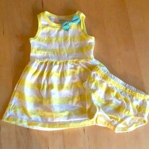 Carters Yellow Sundress ☀️ size 9 months